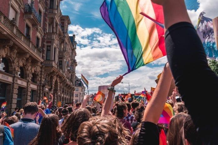 LGBT eitynės