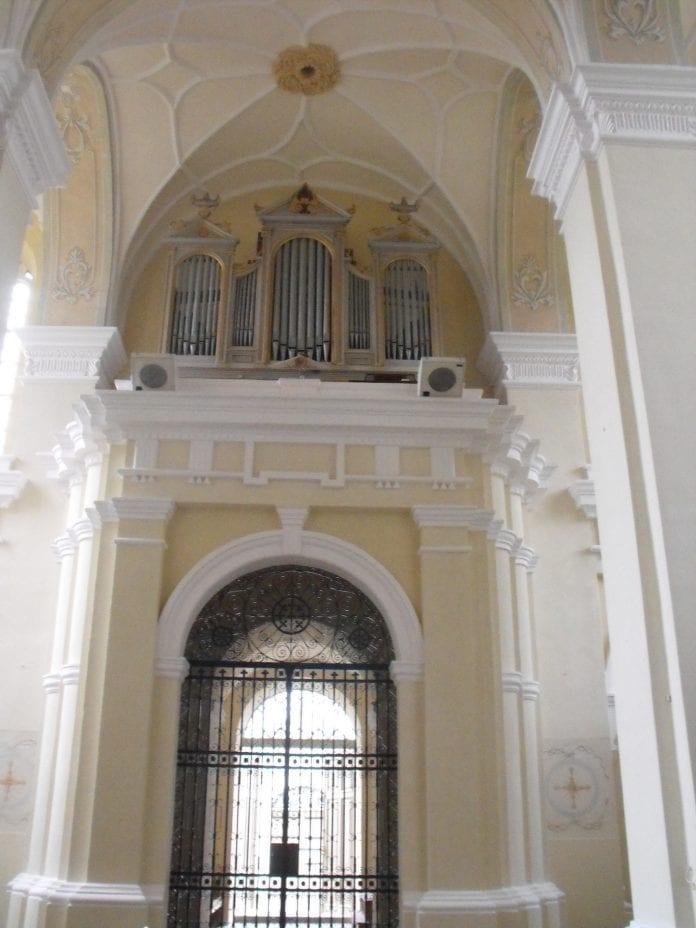 Veliuonos bažnyčios restauravimo darbai