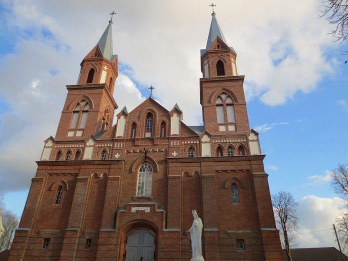Ylakių Viešpaties Apreiškimo Švč. M. Marijai bažnyčia po remonto darbų
