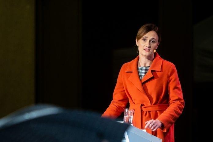 Seimo pirmininkė Viktorija Čmilytė-Nielsen kalba