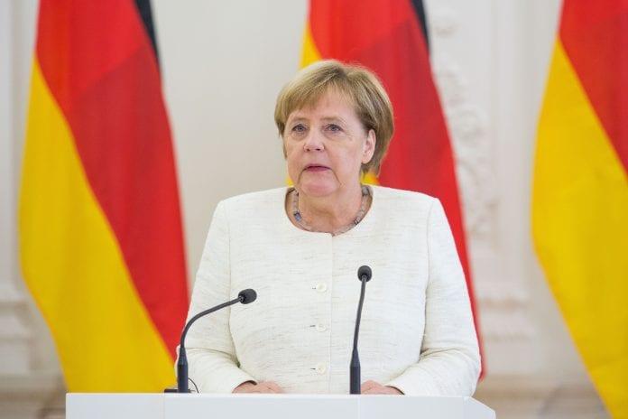 Vokietijos kanclerė Angela Merkel kalba