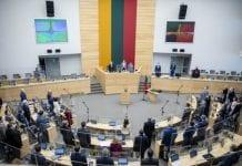 Seimas pradėjo sesiją