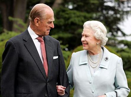 Karalienė su sutuoktiniu