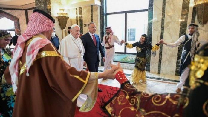 Popiežius ir Irako ministras pirmininkas eina