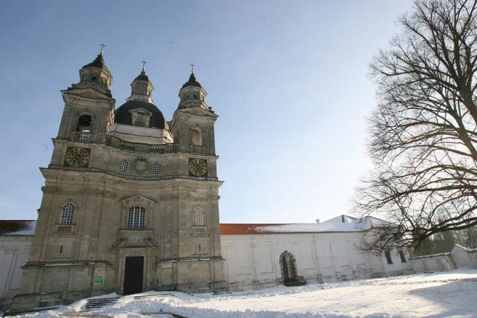 Pažaislio bažnyčia žiemą