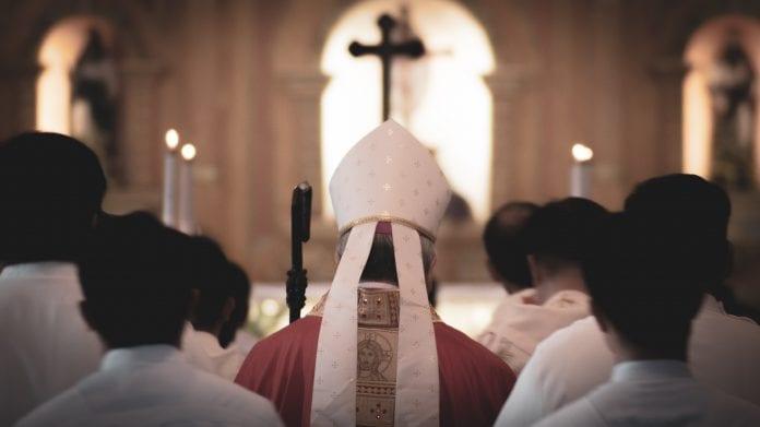 Vyskupai kviečia maldai