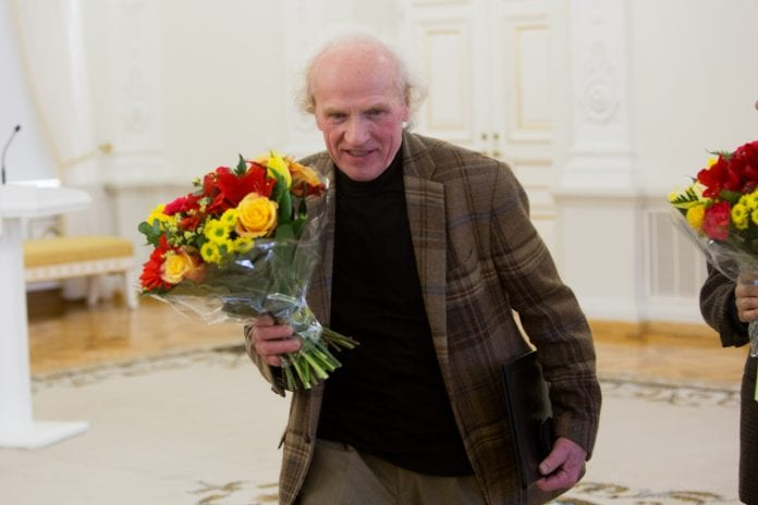 Džiazo muzikantas ir režisieriuis Vladimiras Tarasovas eina