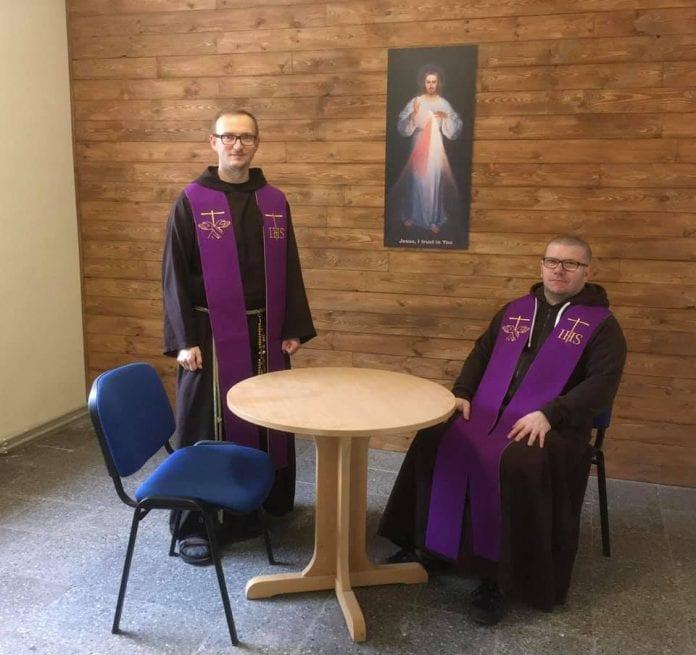 Paulių kapucinų vienuoliai Tomas ir Mykolas