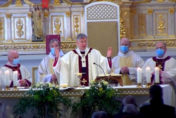 Šv. Mišių auka Kauno arkikatedroje bazilikoje