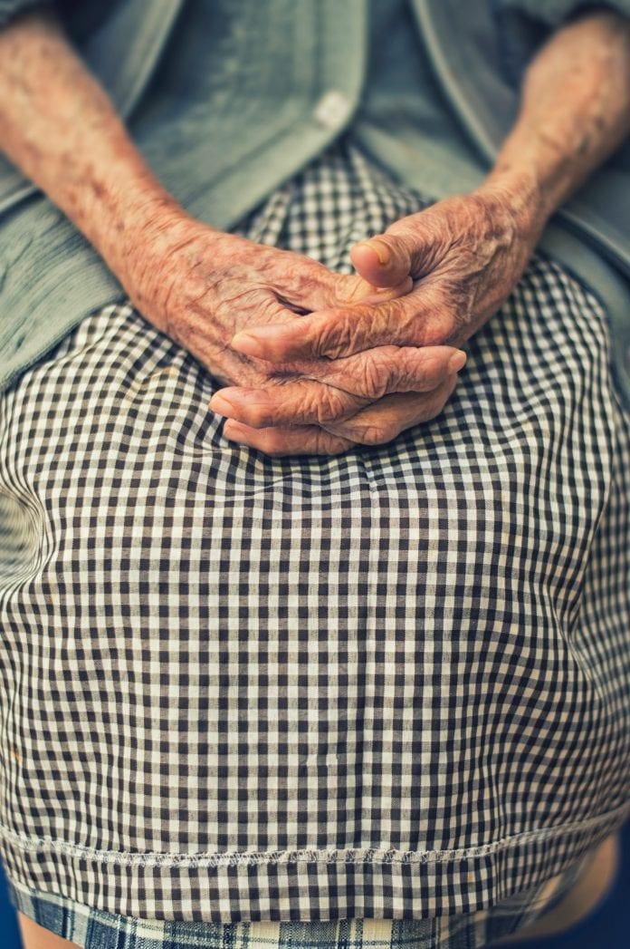 Senatvė, seneliai