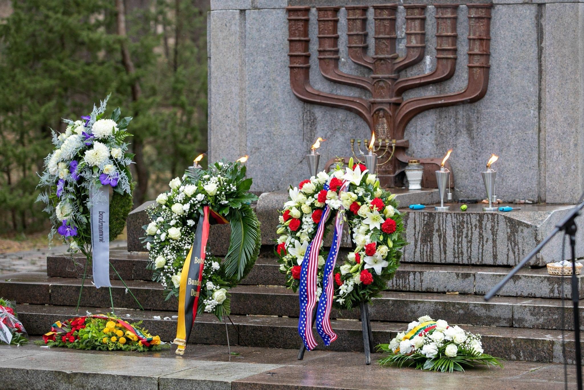 Panerių memoriale Vilniuje minima Holokausto ir heroizmo atminimo dien