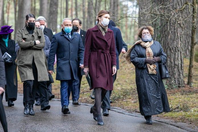 Panerių memoriale Vilniuje minėta Holokausto ir heroizmo atminimo diena