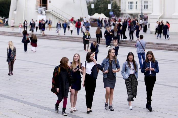 moksleivės Vilniuje