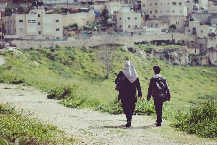 Izraelyje vaikai grįžo į mokyklas