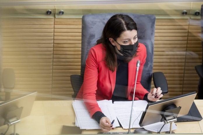 socialinės apsaugos ir darbo ministrė Monika Navickienė