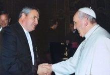 Andrew Small ir popiežius Pranciškus