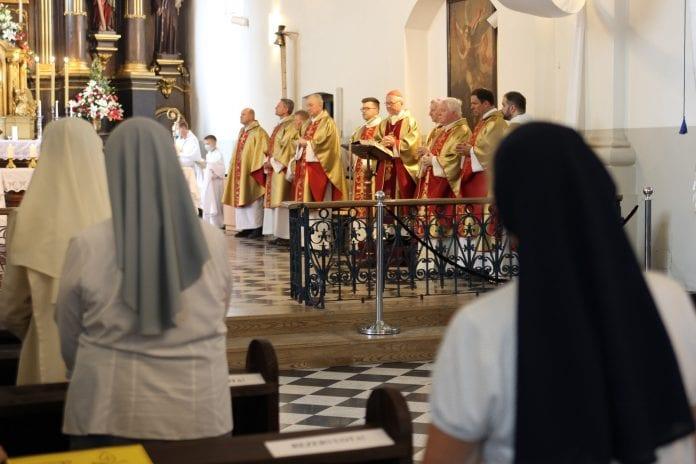 Marijampolės atlaiduose meldžiamasi už pašauktuosius