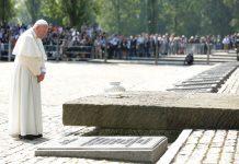 Popiežiaus Pranciškaus vizitas Aušvico mirties stovykloje