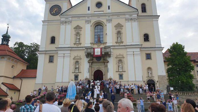 Švč. M. Marijos ėmimo į dangų atlaiduose Lenkijoje / Maryjne w Kalwarii Zebrzydowskiej nuotr.