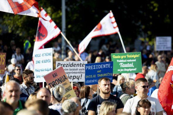 Rugsėjo 10-osios dienos mitingas Katedros aikštėje Vilniuje