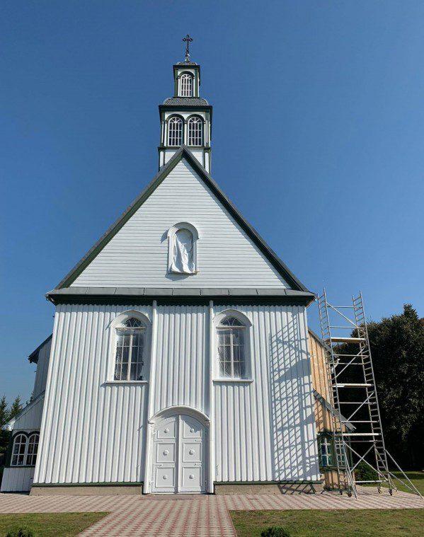 Veiviržėnų Šv. Apaštalo evangelisto Mato bažnyčia
