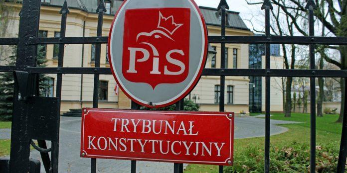 Lenkų Konstitucinis Tribunolas